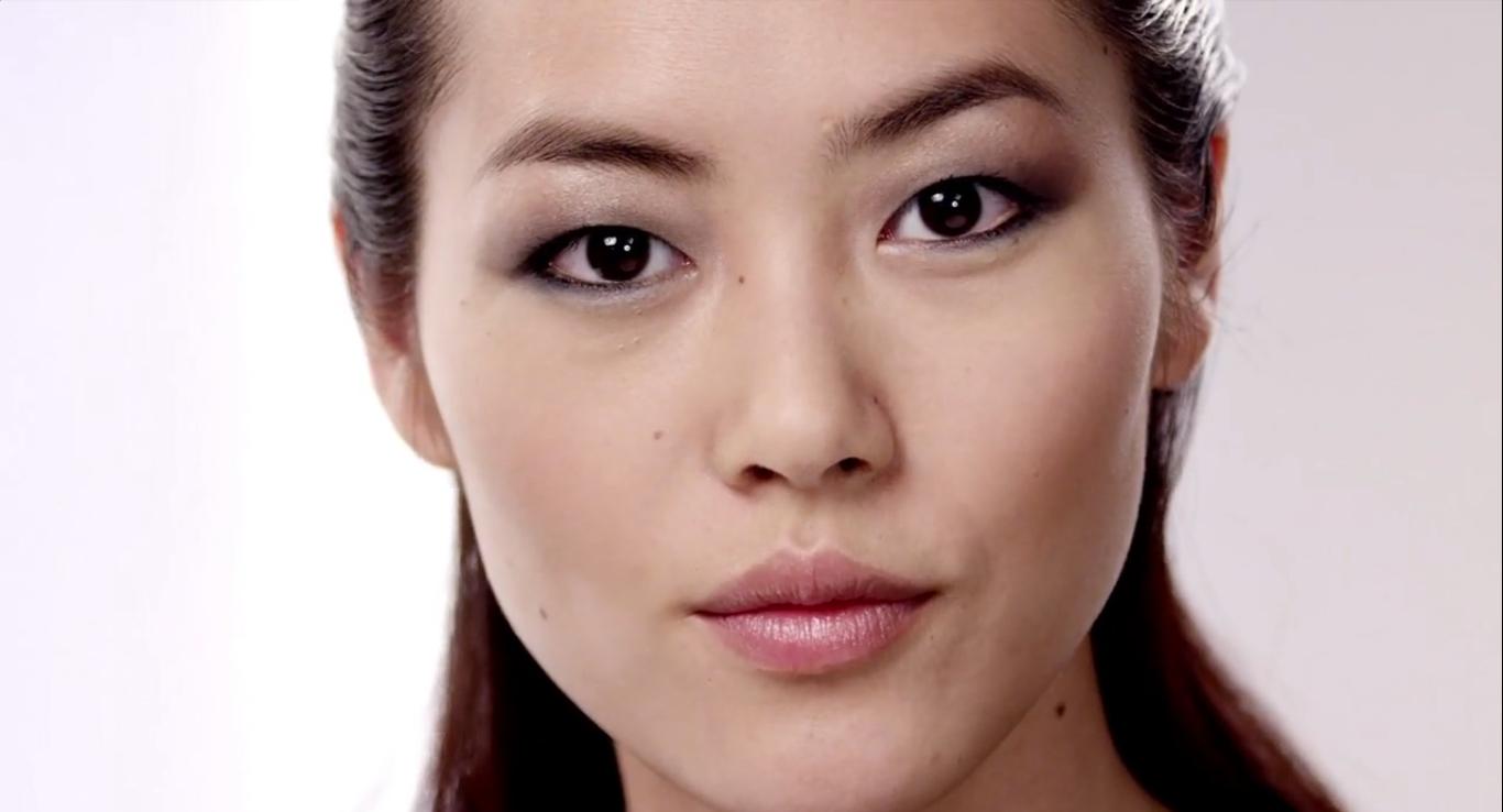 maquillage asiatique faire un smokey subtil sur yeux brid s meinu. Black Bedroom Furniture Sets. Home Design Ideas